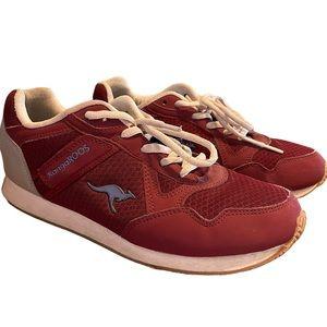 Kangaroos Women's Maroon Sneakers Size 8